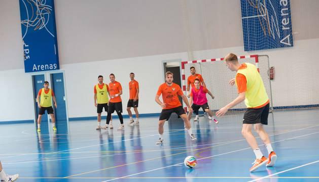 Los jugadores del Aspil, en uno de los entrenamientos de la presente temporada.