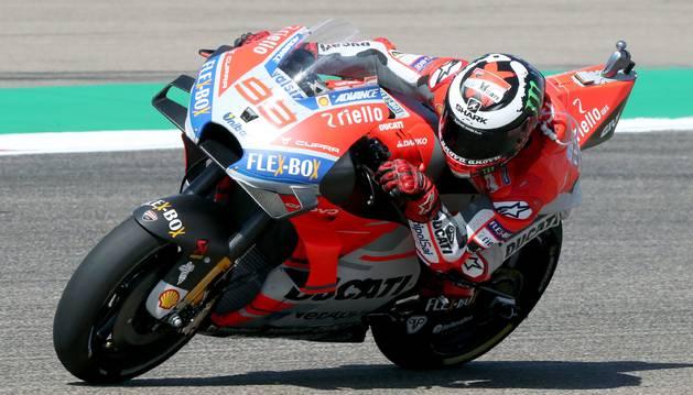 Lorenzo se lleva la pole en Aragón