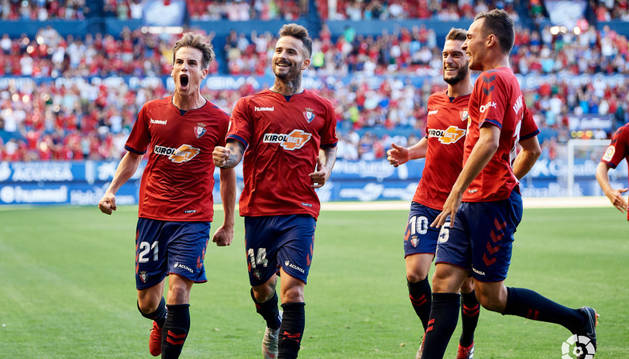Rubén García celebra el gol que da la victoria a Osasuna