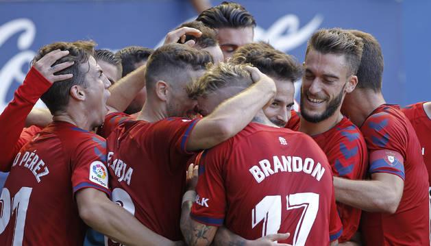 Osasuna vence al sporting 1-0