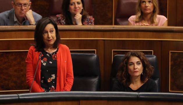 Robles dice que Rajoy dejó al país