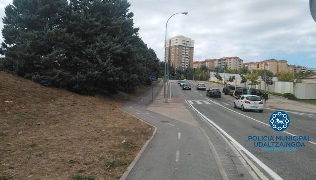 Lugar donde se produjo la caída del ciclista.