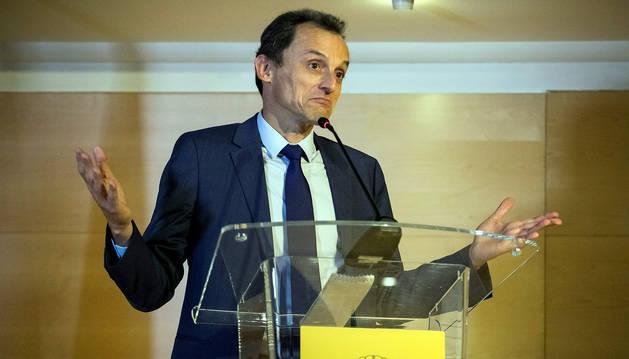 foto de El ministro de Ciencia, Innovación y Universidades, Pedro Duque, ha asegurado que no cometió ninguna ilegalidad en la compra de un chalé en Xàbia.