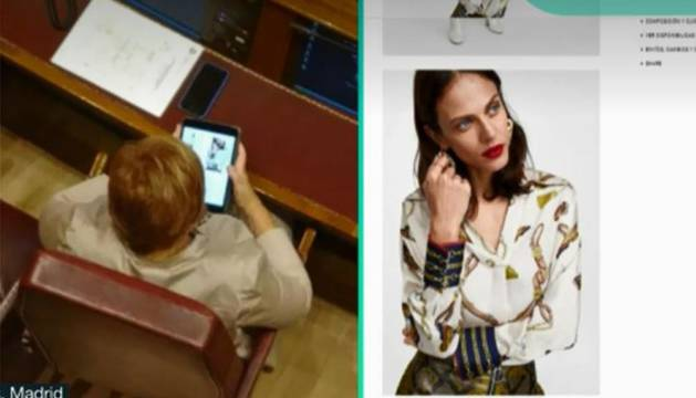 Celia Villalobos, 'cazada' por 'La Sexta' mientras miraba ropa en el Congreso de los Diputados desde su 'tablet'.