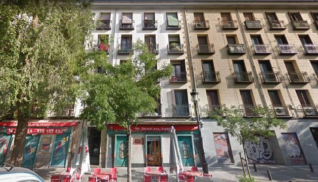 Edificio donde vivía la familia que iba a ser desahuciada.
