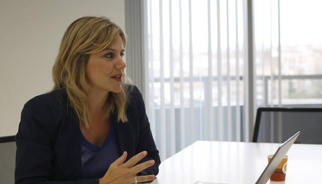 Sandra Aguirre, gerente del Clúster Agroalimentario de Navarra, en un momento de la entrevista.