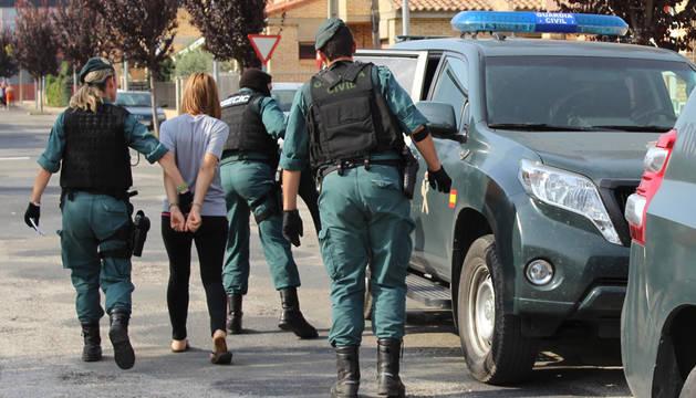 Desarticulados dos puntos de venta de drogas en la Ribera con siete detenidos