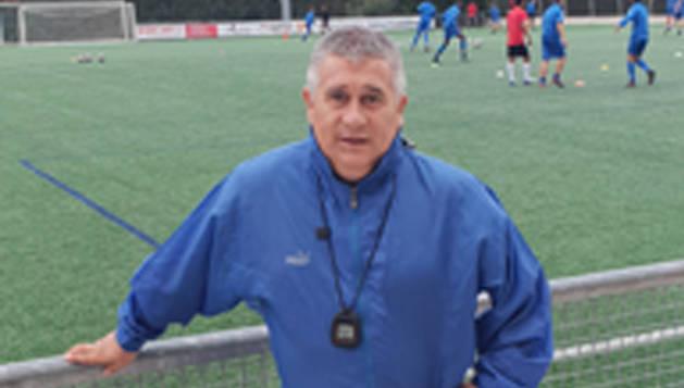 Miguel González, este lunes por la tarde, en el campo de Sarriguren.