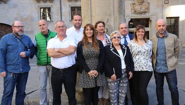 Foto de jurado y patrocinadores del concurso Recetas con historia.