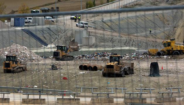 foto de Vista del  vertedero de residuos de Góngora.