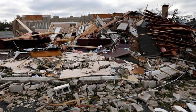 El noroeste de Florida se enfrenta a la devastación un día después de 'Michael'
