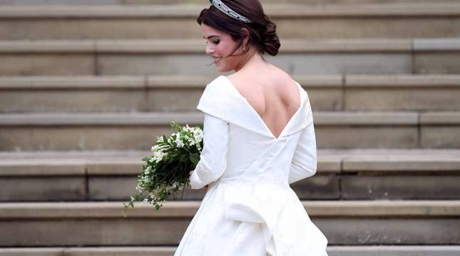La princesa Eugenia se ha casado este viernes, 12 de octubre, con Jack Brooksbank, en la capilla de San Jorge en Windsor (Reino Unido)