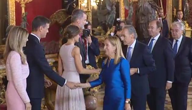 Momento de la recepción en el Palacio Real