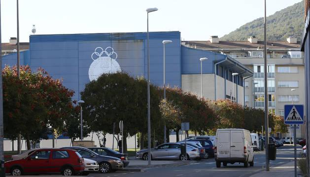 La calle Cruz de Barkarcio, ubicación de la Unión Deportiva Rochapea, es una de las avenidas donde los vecinos son reacios a la zona azul.