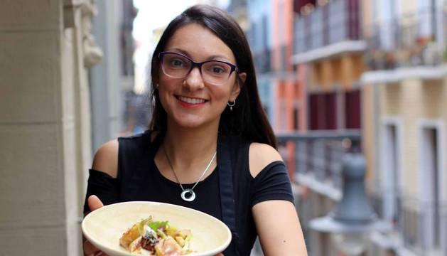La chef argentina Estefanía Sacco muestra su receta.
