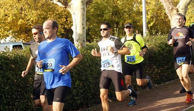 Fotos de la carreras en las que se impusieron Zarranz y Amilibia en los 22 kilómetros; y Labairu y Peña, en los 13.