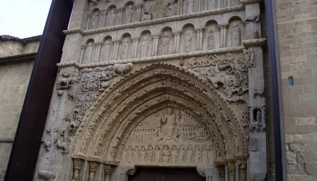 Portada de Santa María de Sangüesa.