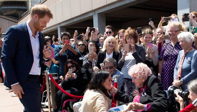 El príncipe Harry y Meghan Markle, durante su visita en Australia