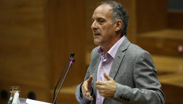 Adolfo Araiz, durante su intervención en el Debate del Estado de la Comunidad, en 2017