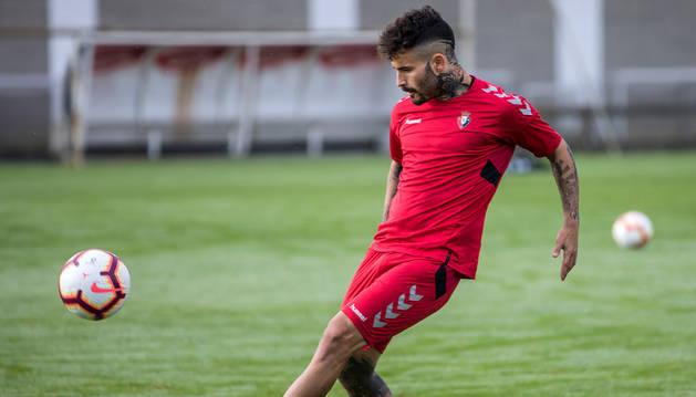 Rubén García, durante el entrenamiento para preparar el partido ante el Oviedo.