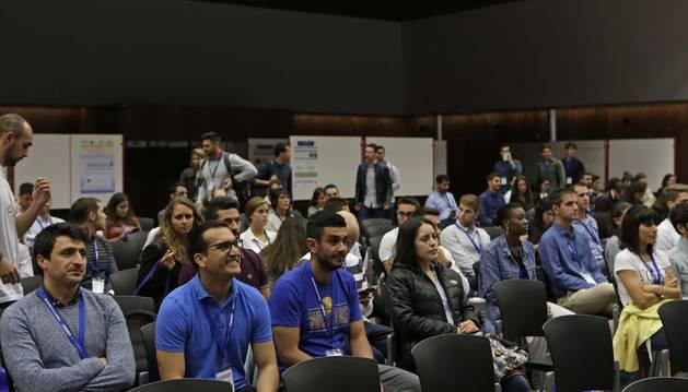 Asistentes al VI Simposio de la Red Española de Investigación en Ejercicio Físico y Salud ayer, en la UPNA.