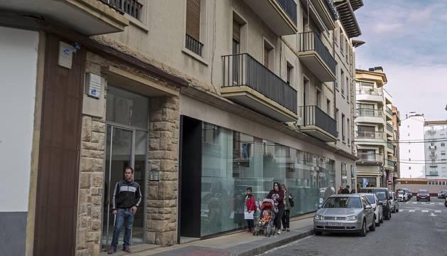 Los apartamentos en el antiguo patrimonio inmobiliario del Círculo Católico tendrán acceso desde este punto, en el número 4 de la calle San Veremundo.