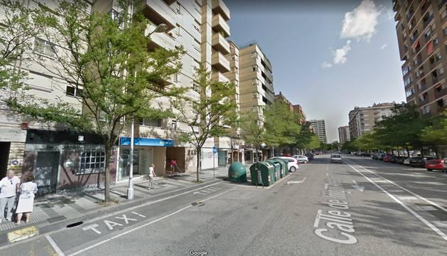 Nº 24 de la calle Íñigo Arista, en Pamplona, donde ha tenido lugar el incendio.