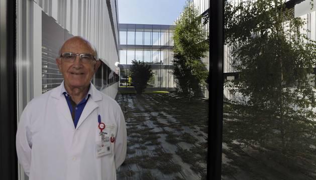 Gabino Gorostieta, Superior de la Comunidad en Pamplona.