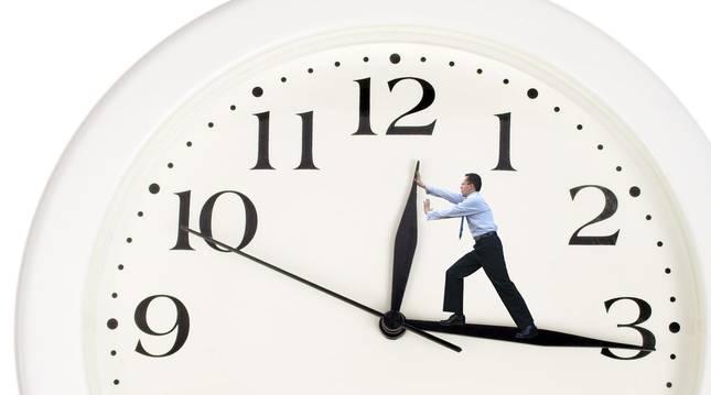 Los Veintiocho estudian pedir el retraso hasta 2021 del fin del cambio de hora en la UE