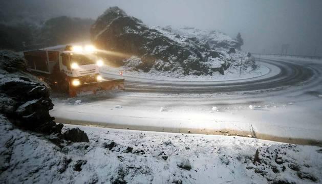 Primera nevada de la temporada en Belagua