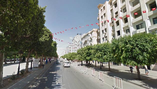 Una mujer se hace estallar con un chaleco bomba en el centro de Túnez