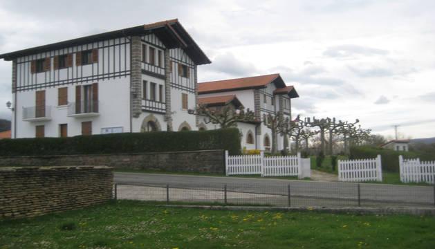 Vista parcial del Ayuntamiento de la Ultzama.