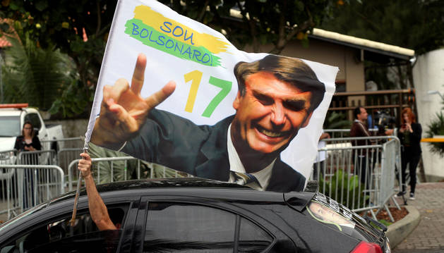 Bolsonaro dice que gobernará para todos y rechaza la etiqueta de homófóbo