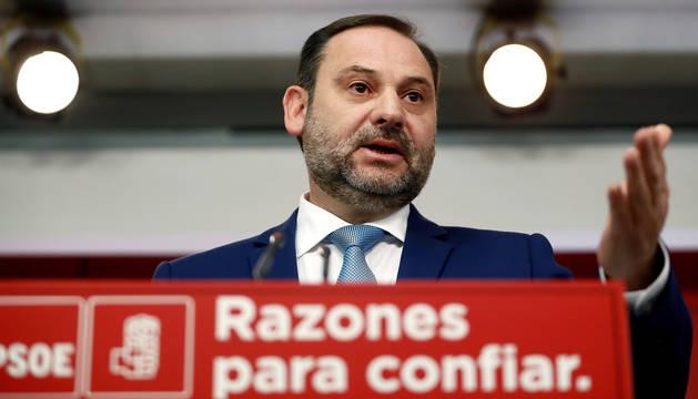 José Luís Abalos, durante la rueda de prensa que ofreció tras la reunión de la Comisión Ejecutiva Federal, en la sede de Ferraz.