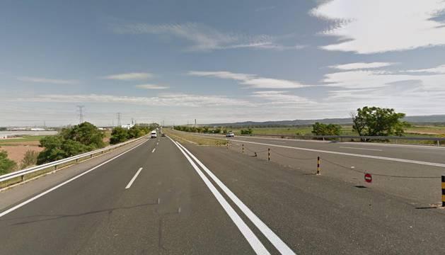 Se corta al tráfico este martes la AP-15 entre Valtierra y la conexión con la A-68