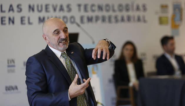 Humberto Bustince alertó de la dificultad de recuperar el talento que sale de Navarra a trabajar en instituciones y grandes empresas internacionales.