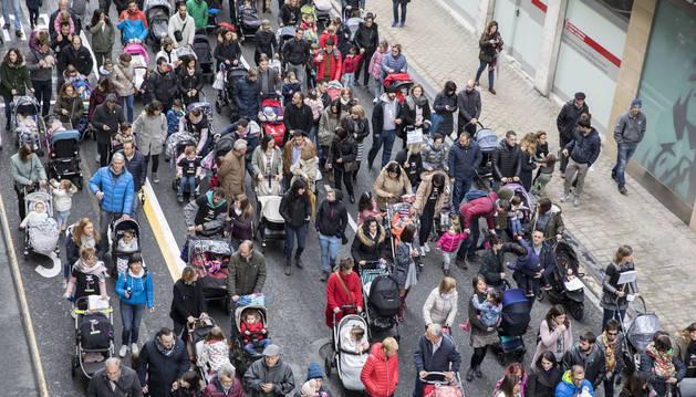 Manifestantes pidiendo la devolución, el pasado 27 de octubre.