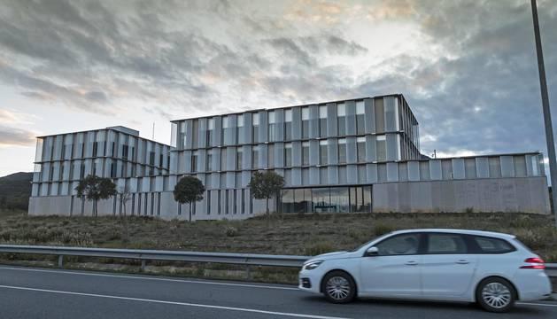 El edificio del centro tecnológico de Estella que acoge el vivero de empresas.
