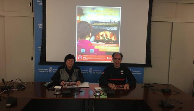 Beaumont y Bayona en la rueda de prensa de presentación de la campaña.
