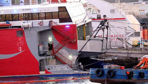 El ferry rápido de Naviera Armas,