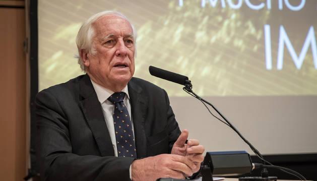 Carlos Espinosa de los Monteros.