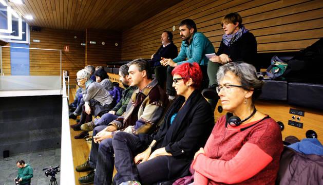 Representantes del Pirineo, el jueves en el Parlamento.