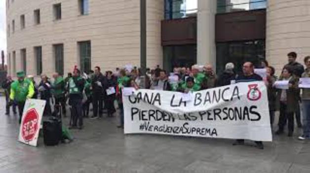 Protestas contra el fallo del Supremo por el impuesto de las hipotecas