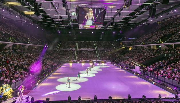 Espectáculo 'Revolution on Ice' en el Navarra Arena