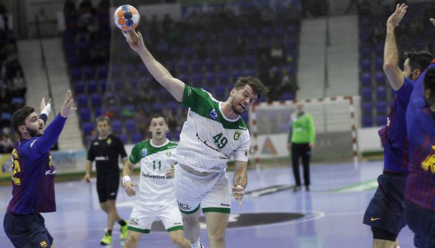 El gol de Raúl Nantes que encendió a la grada del Anaitasuna