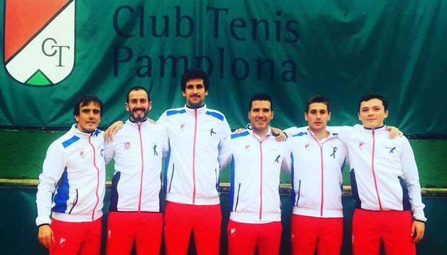 El Club Tenis Pamplona sube a 2ª