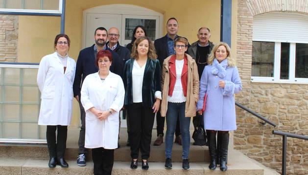 Tras abrir la jornada, los representantes politicos visitaron el centro de salud de Arróniz.