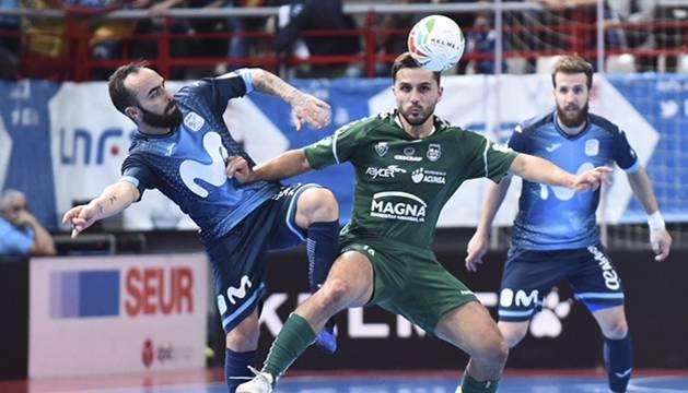 Ricardinho y Rafa Usín, en el partido disputado este sábado en el Pabellón Jorge Garbajosa.