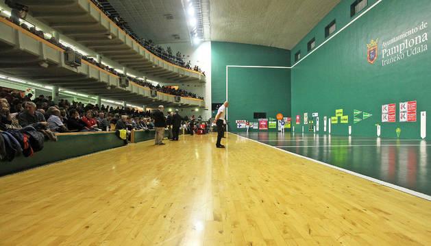ALTUNA-BENGOETXEA. Ha sido el partido que mejor ha funcionado el frontón Labrit desde que comenzó la temporada en octubre.
