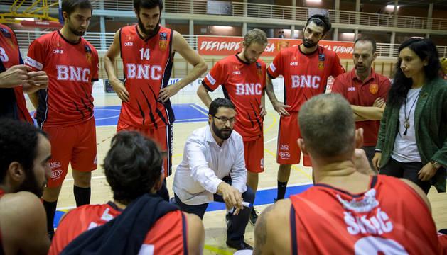 El Basket Navarra se enfrenta al Juaristi, segundo de la tabla, en Arrosadía